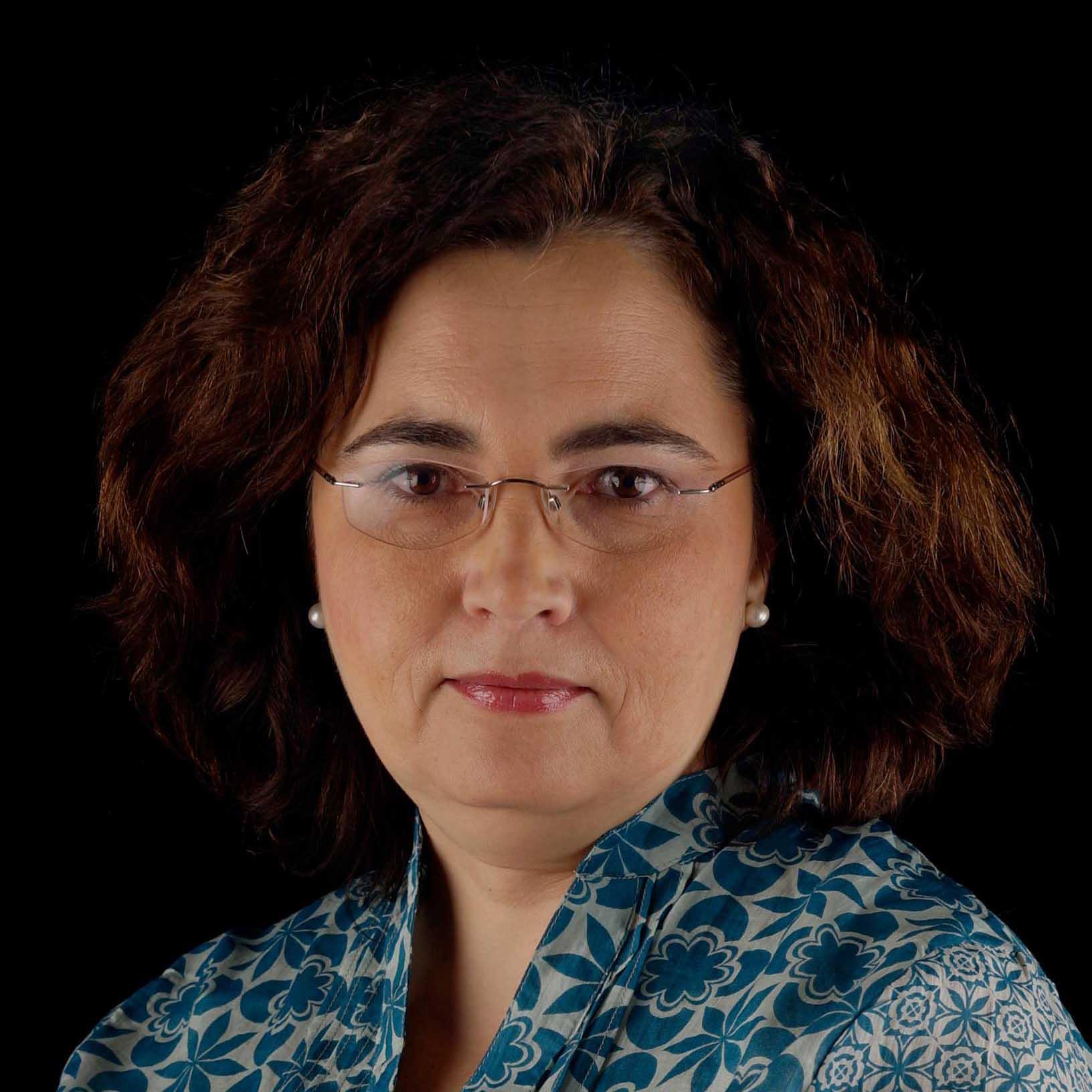 María  Alcalá-Santaella