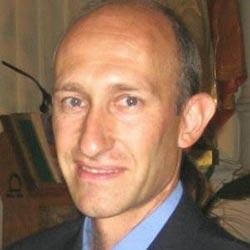 Salvador Urquia