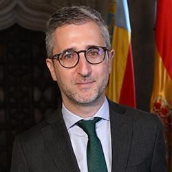 Arcadi España