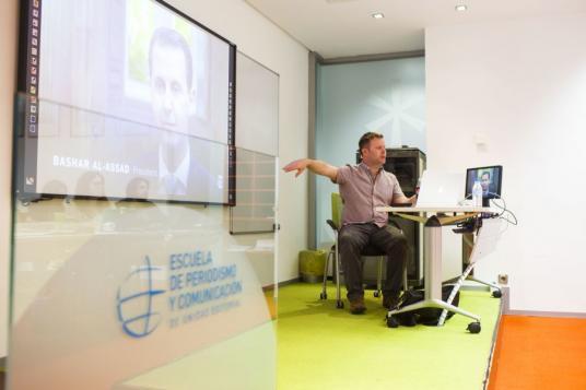 Gavin Sheridan imparte dos sesiones magistrales a los alumnos del Máster en Periodismo de Investigación, Datos y Visualización